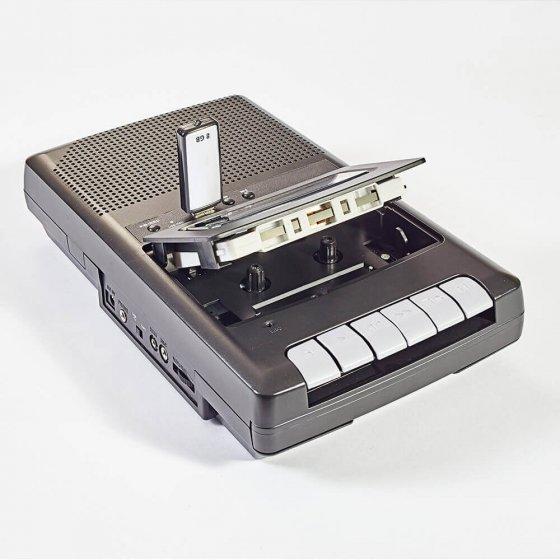 Draagbaar cassette-opnameapparaat