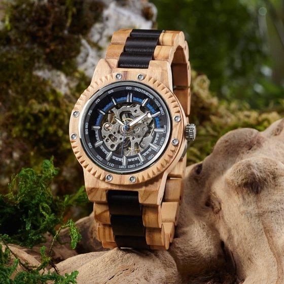 Automatisch horloge van olijfhout