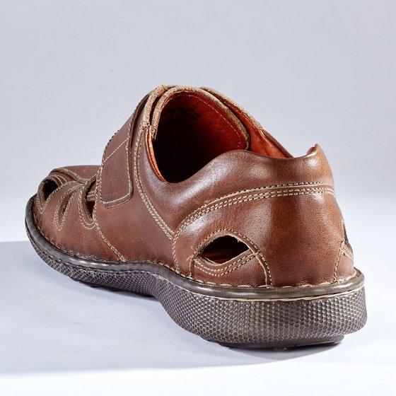 Zomerse klittenbandschoenen
